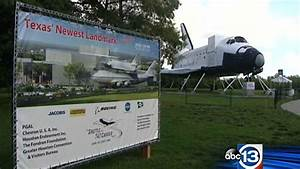 Space Center Houston unveil official name of space shuttle ...