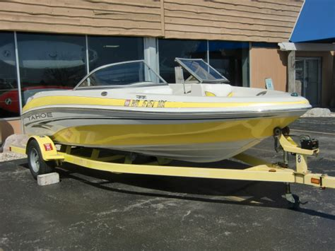 Boat Trailer Rental Milwaukee by 2006 Tahoe Q4 18 Foot 2006 Tahoe Boat In Pewaukee Wi