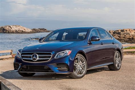The price excludes costs such as stamp duty, other government charges and options. 2020 Mercedes-Benz S-Class Sedan Review, Trims, Specs and Price | CarBuzz