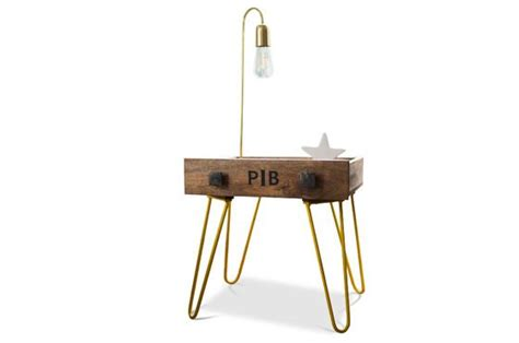 tables pliantes d appoint table d appoint edgar touche de couleur et style ludique pib