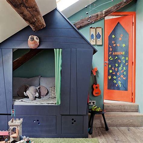 cabane de chambre cabane de lit fille fabulous lit cabane foret with cabane