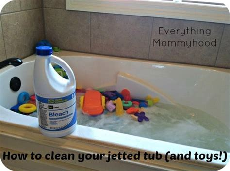how do you clean a bathtub this doesn t get the done for you but it s a start i