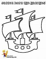 Pirate Ship Coloring Printable Easy Boys Ships Pirates Yescoloring Boats Jolly Roger Seas sketch template