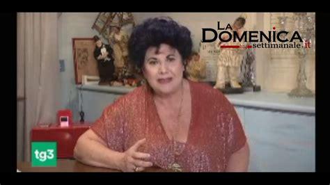 Ti abbraccio caro roberto, stiamo tutti con te.pic.twitter.com/ddfyc1ibef. L'anatema di Marisa Laurito contro la camorra - YouTube