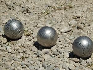 Dimension Terrain De Boule : p tanque taille du terrain nombre de boules ~ Dode.kayakingforconservation.com Idées de Décoration
