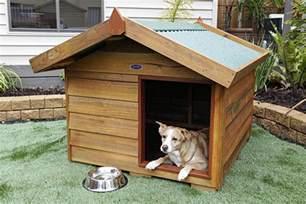 DIY Wood Dog Kennel