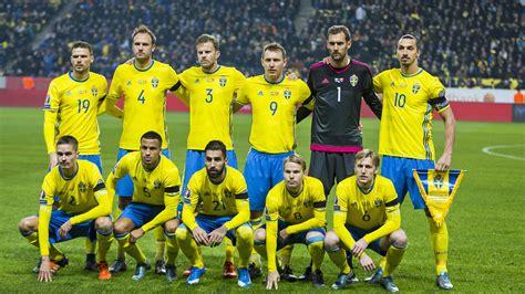 Mit der schweden trainingshose für herren bekennst du farbe und unterstützt die skandinavier bei der em 2021. Schweden :: EM-Teilnehmer 2016 :: Europameisterschaften :: Turniere :: Die Mannschaft :: Männer ...