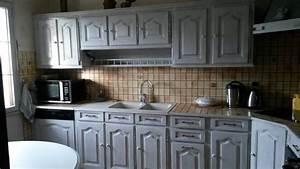 Relooking Cuisine : relooking cuisine ambloy avec un effet vieilli blanc et ~ Dode.kayakingforconservation.com Idées de Décoration