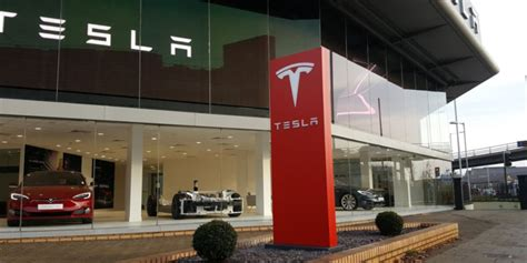 Tesla Powerwall 2 goes on sale at new largest in Europe store in west London   Ars Technica