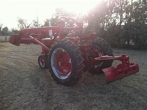 1955 Farmall 300 Tractor W   Blade And Farmhand Loader