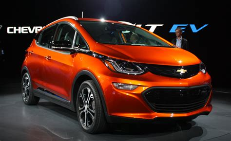 Gm, Lyft To Test Self-driving Chevy Bolt Taxis On Public