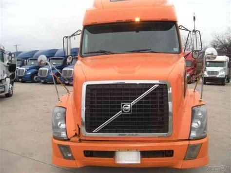 2004 volvo truck volvo vnl780 2004 sleeper semi trucks