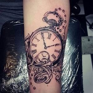 Uhren Tattoos Vorlagen : 75 stunning antique pocket watch tattoos for your next ink tattoo in 2018 pinterest tattoo ~ Frokenaadalensverden.com Haus und Dekorationen