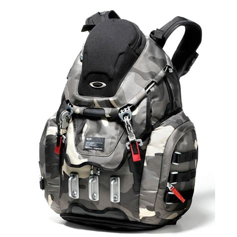 oakley kitchen sink backpack review images oakley kitchen sink bag review 7138