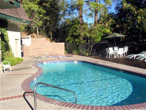 Yosemite Park Hotel With Pool Amenities Best Western