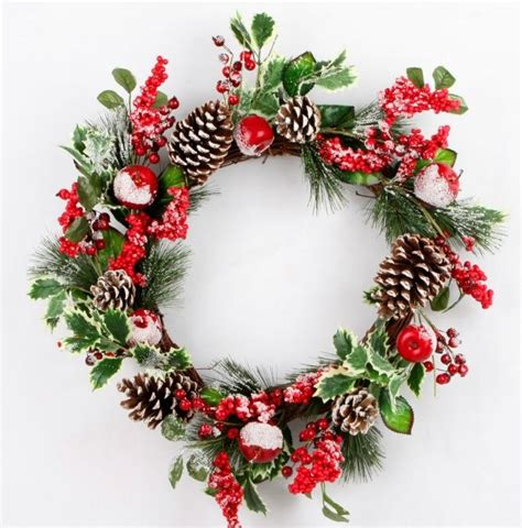 frosted christmas wreath