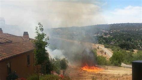 grass fire burns close  homes  el dorado hills