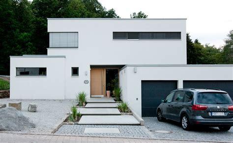 Villa Mit Tiefgarage by Neubau Einer Modernen Villa Mit G 228 Stewohnung 3 Archi