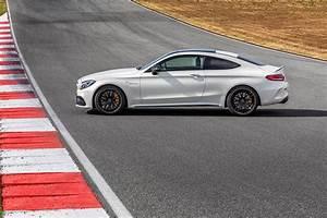 Mercedes Coupe C : 2017 mercedes amg c63 coupe is the sportiest c class ever ~ Melissatoandfro.com Idées de Décoration