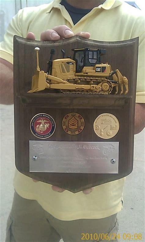 gift shield plaque   shelf  inset
