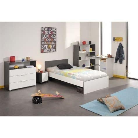 chambre bébé complete conforama chambre enfant complète lit chevet bureau commode achat
