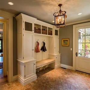 55 absolutely fabulous mudroom entry design ideas for Decorating entryway rooms