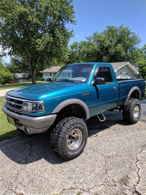 rare shortbed  ford ranger xlt lifted  sale