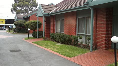 lamplighter apartments oakleigh   hotel reviews