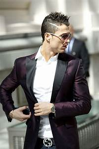 29 best cristiano ronaldo style fashion images on Pinterest   Football players Soccer players ...