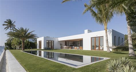 modern contemporary floor l l shaped modern house and contemporary architectural home
