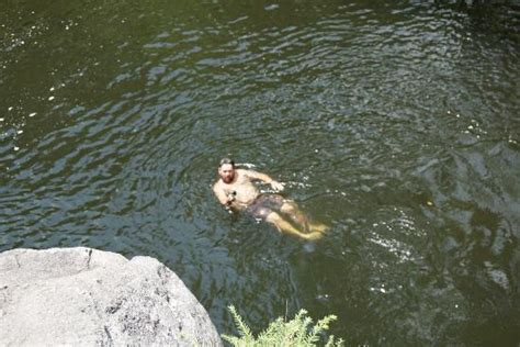 cliff jumping picture of the sinks great smoky