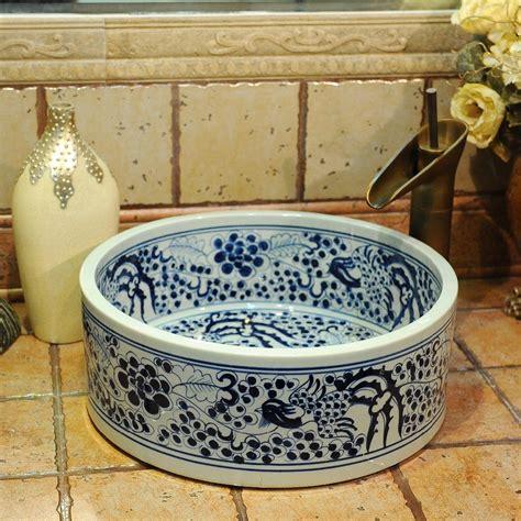 d馗oration des plats en cuisine porcelaine de salle de bain 28 images vasques salle de bain avec le en porcelaine carrelage salle de bain service de table en porcelaine