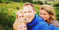 Kim Clijsters daagt haar man op Instagram uit om van ...