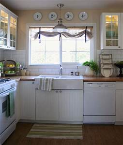 like the window treatment over the sink With over the sink kitchen window treatments