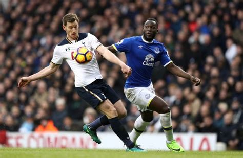 Tottenham defender Jan Vertonghen gives the shortest, most ...