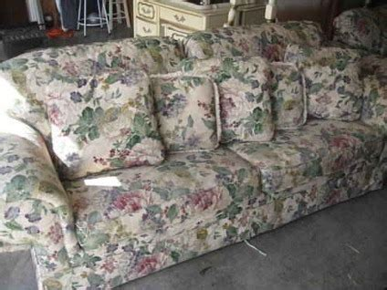 Patterned Sleeper Sofa by 400 Floral Sofa Sleeper Loveseat Like New Just
