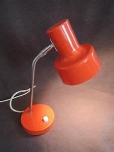 Vintage Lampen Berlin : 70 er jahre tischlampe schreibtischlampe s lken omi lampe vintage in berlin prenzlauer berg ~ Markanthonyermac.com Haus und Dekorationen