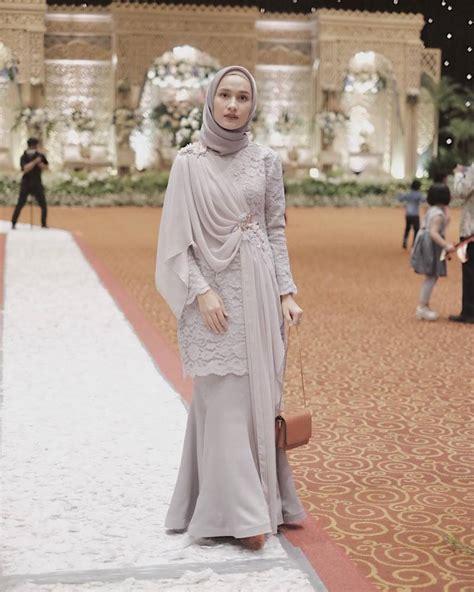 model baju bridesmaid hijab   photo  wallpaper