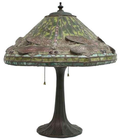 tiffany style dragonfly l tiffany style stained glass dragonfly table lamp