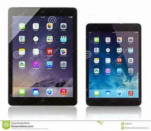 Apple IPad Air And IPad Mini Displaying Homescreen ...