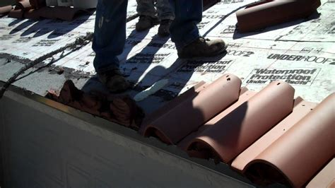 mortar eave closure on santa fe clay tile istueta