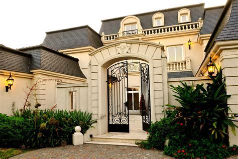 Buenos Aires French Mansion 15