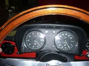 Casquette Alfa Romeo : casquette tableau de bord duetto ~ Nature-et-papiers.com Idées de Décoration