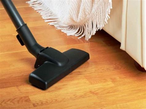 vacuum cleaner for laminate floors flooring how to clean laminate wood floors how to clean wooden floors cleaning pergo floors