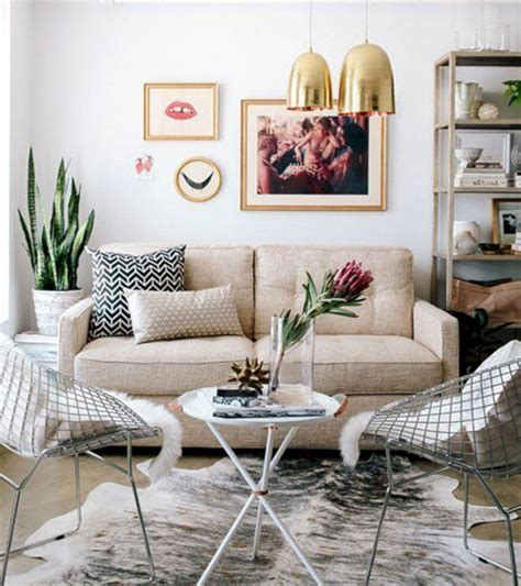 Small Living Room Decorating Ideas (Small Living Room