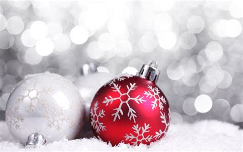 red christmas decorations christmas wallpaper 22228026 fanpop