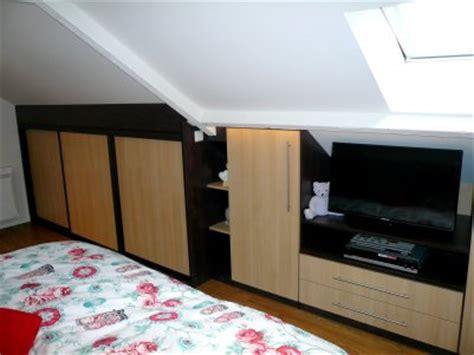 meuble tv et bureau elégance rangement réalisation de chambre sur mesure