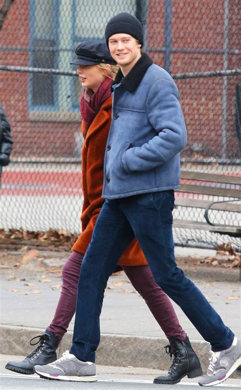 Taylor Swift and Joe Alwyn Cozy Up During Day Out in New ...