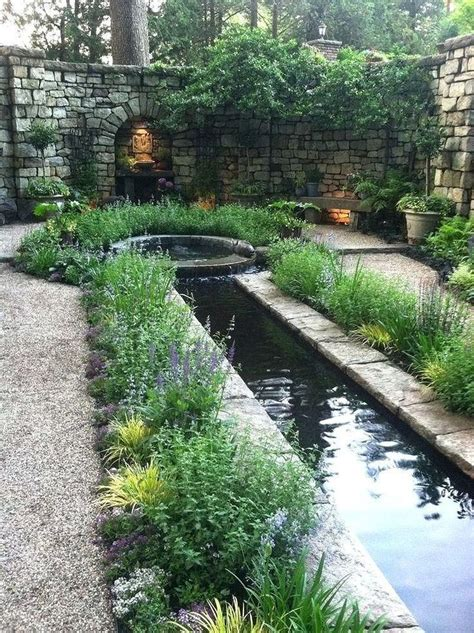 small backyard pond pictures best 25 small backyard ponds ideas on small