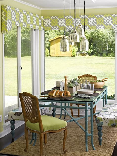 hgtv painting kitchen cabinets color ideas for painting kitchen cabinets hgtv pictures 4192